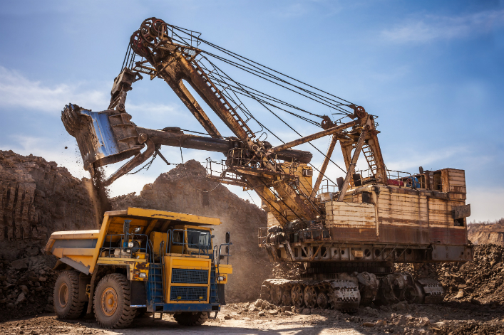 Mining solutions for the transition to sustainable energy in