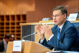 Valdis Dombrovskis Commission europeenne CCO